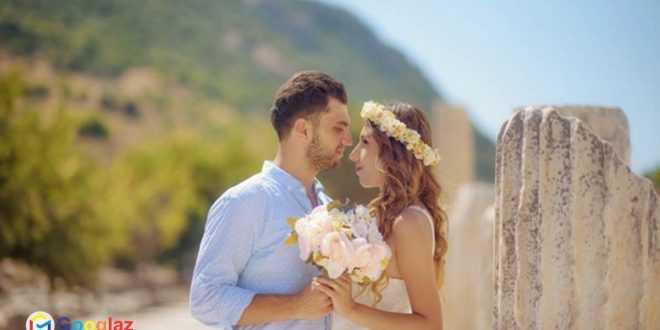 Gold Silk Wedding Flowers